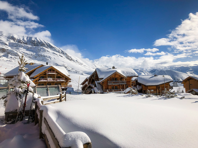 paysage montagne neige soleil alpe huez ski
