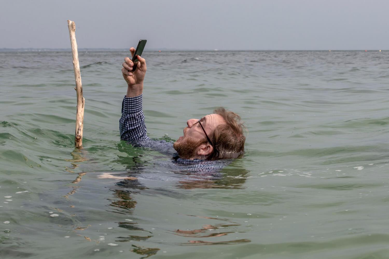 selfie film comedie france elsa zylberstein max boublil
