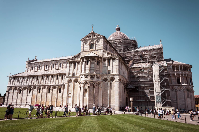 pise cathedrale patrimoine unesco place des miracles architecture